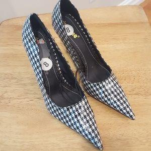 Dollhouse plaid heels size 8